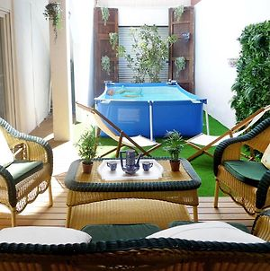 Apartment With Pool By The Beach photos Exterior