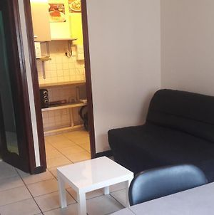 Studio Centre Auxerre + Wifi+ Parking Gratuit photos Exterior