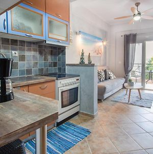 Stylish 1-Bdrm Family Apartment Close To Beach photos Exterior