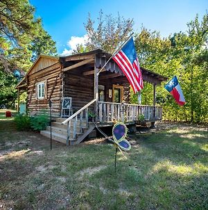 Tiny House Logcabin - Ren Fest Renaissance Festival Bernhardt Arrowhead Hill Olde Dobbin Station Ranch House Farmhouse Wedding Venue Houston Woodlands College Station Tamu photos Exterior