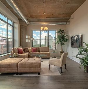 Luxurious And Spacious 3Br/2Ba In Downtown Chicago With Optional Parking photos Exterior