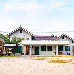Isetia Homestay photos Exterior