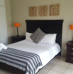 Self-Catering Cottages In Midrand, Free Wifi And Parking photos Exterior
