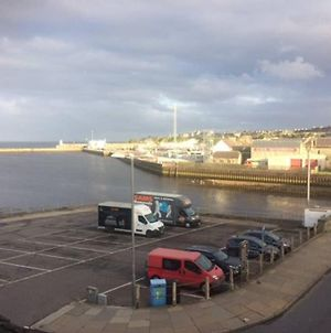 Centrally Located 1 Bed Modern Flat With Harbour Views photos Exterior