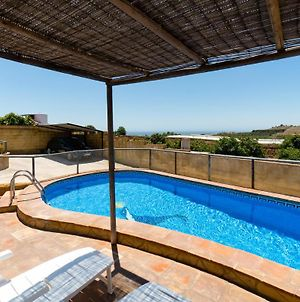 Semi Heated Private Pool Front 2,2 Kms Beach, All Private photos Exterior