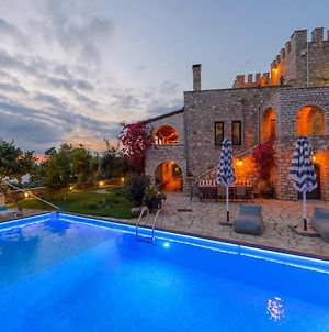 Castle With Pool, Panoramic Seaview, Perfect Location photos Exterior