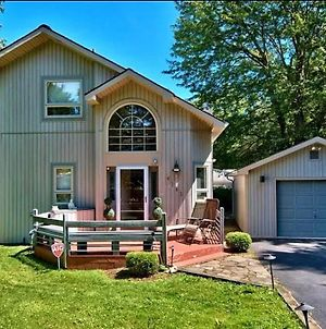 Paradise In Heart Of Poconos Fast Internet Close To All Attractions photos Exterior
