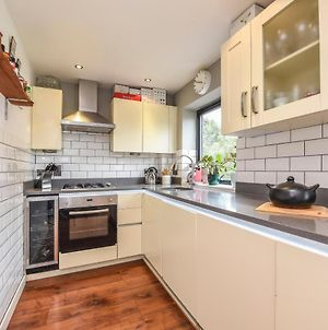 Stylish 2 Bed Flat In Heart Of Dulwich - London photos Exterior