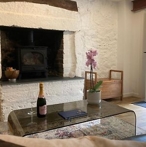 Beautifully Renovated Self-Contained Farm Cottage - Close To Beaches, North Berwick And The Golf Coast photos Exterior