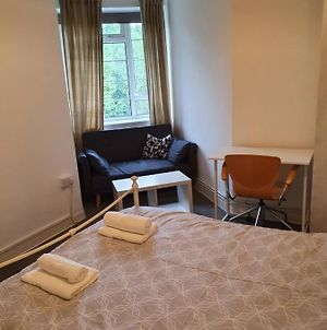 Spacious 4Th Floor Double Room In Eclectic Flat photos Exterior