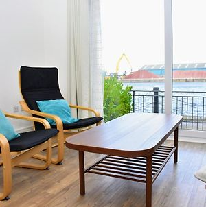 Stevedore Place - 3Br Waterfront Townhouse In Trendy The Shore photos Exterior