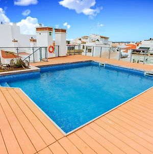 Two Bedroom Apartment With Rooftop Pool In Alvor photos Exterior
