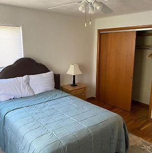 2Bd Free Wifi Footsteps Away From Mall photos Exterior