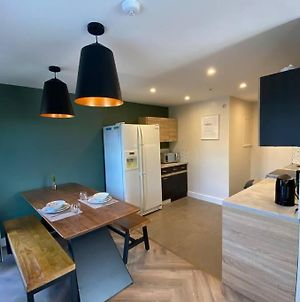 Modern Apt In The Heart Of Cardiff Bay/City Centre photos Exterior