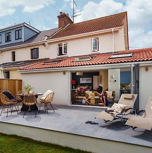 Littlefields - Stylish, Modern Cottage With Large Garden, Close To Beach photos Exterior