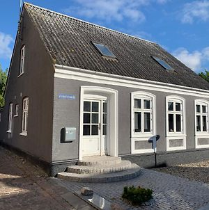 Charming House In The Old Town - Renovated, Wifi, Garden photos Exterior