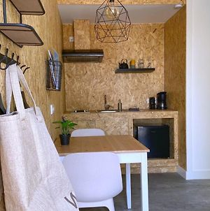 Bedstay-Lemmer Studio With Kitchen And Shower --Including Bed-Bath-Kitchen Linen-- photos Exterior