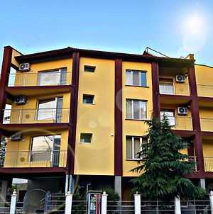 Guest House Kostovi photos Exterior