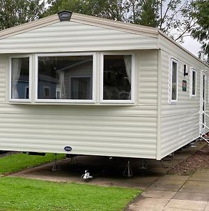 Haggeston Castle Caravan-Tartan Rentals photos Exterior