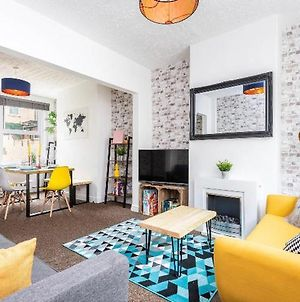 Riverside Stroll To York Station And City Centre - Entire Terrace House! photos Exterior