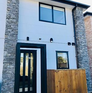 New Townhouse 5 Min From Central Chch Including Bikes To Use photos Exterior