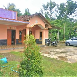 Madit Jaya Homestay photos Exterior