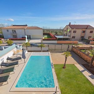 Gorgeous Villa With Private Swimming Pool In Kastelir photos Exterior
