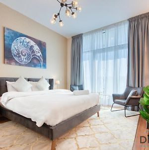Studio Apartment In Al Jawhara Tower By Deluxe Holiday Homes photos Exterior