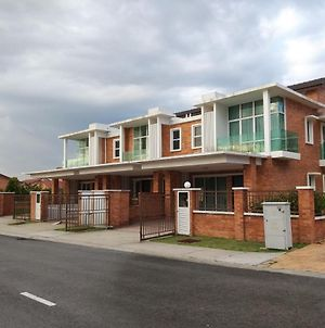 Goodview Vacation Homestay @Kajang photos Exterior