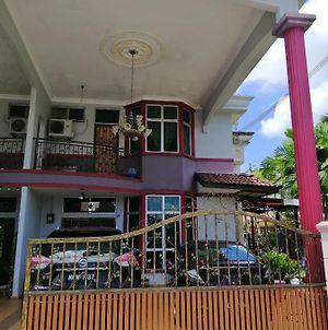 Hawwa Sara Homestay photos Exterior