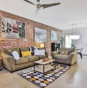 Charming Two-Level Condo Right Outside Downtown! photos Exterior