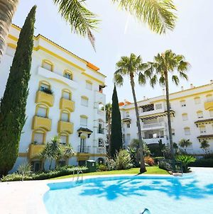 Cozy 2 Bedroom Apartment On The Golden Mile, Marbella! photos Exterior