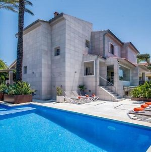 Holiday Home In Es Barcares Sleeps 8 With Pool Air Con And Wifi photos Exterior