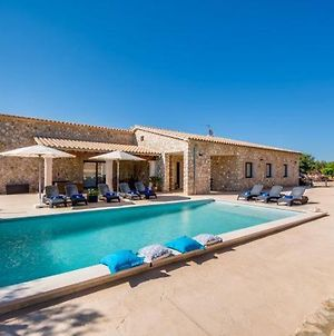 Holiday Home In Ariany Sleeps 8 With Pool Air Con And Wifi photos Exterior