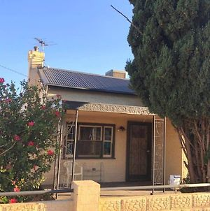 Modern Charming Miners' Cottage +Free Internet photos Exterior