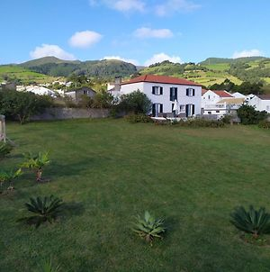 Fully Equiped Family Friendly House, Next To The Beaches In The Azorean Riviera photos Exterior