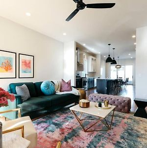 Music Row - Chic Vibrant 5 Bedroom Townhome photos Exterior