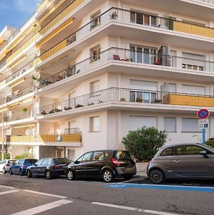 Modern Apartment In Le Cannet Near Centre photos Exterior