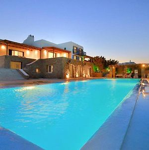 Paraga Villa Sleeps 20 With Pool And Air Con photos Exterior