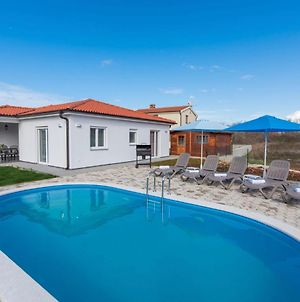 Charming Villa Frontera In Nova Vas With Private Pool For 7 People photos Exterior