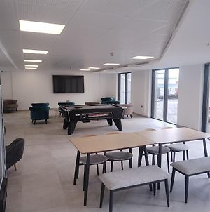 The Hub Gibraltar - Brand New - Studio With Gym Wifi Ocean Views - Near Airport photos Exterior