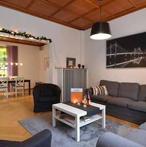 Large Holiday Home By Bad Pyrmont In Weser Uplands - Balcony, Terrace, Garden photos Room