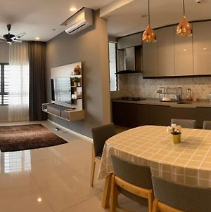 Bangi Sentral Condominium With 3 Bedrooms photos Exterior