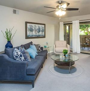 Comfort And Style In The Phoenix Biltmore Area! photos Exterior