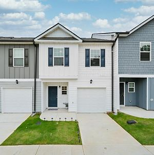 *New 2020 Townhome 15 Mins From Atl Airport* photos Exterior