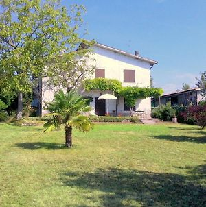 Scenic Holiday Home In Pastrengo Near Lazise Lake, City Centre photos Exterior