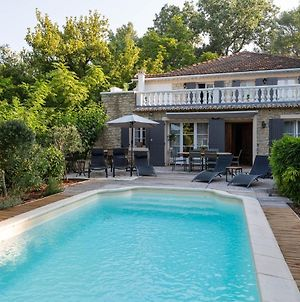 Serene Holiday Home In Carpentras With Garden In Luxury Of Nature photos Exterior