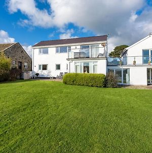 Spacious Holiday Home In Abersoch Britain With Sun Terrace photos Exterior