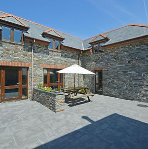 Beautiful Holiday Home In Padstow With Garden photos Exterior