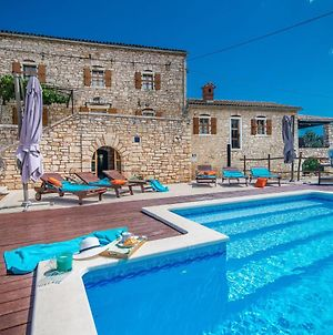Gorgeous Holiday Home With Pool In Zminj photos Exterior